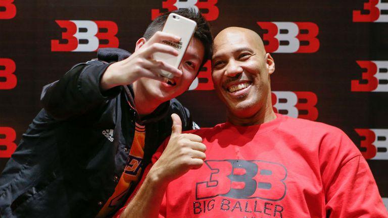 Lavar Ball, el padre de Lonzo, en un evento ayer en Shanghai