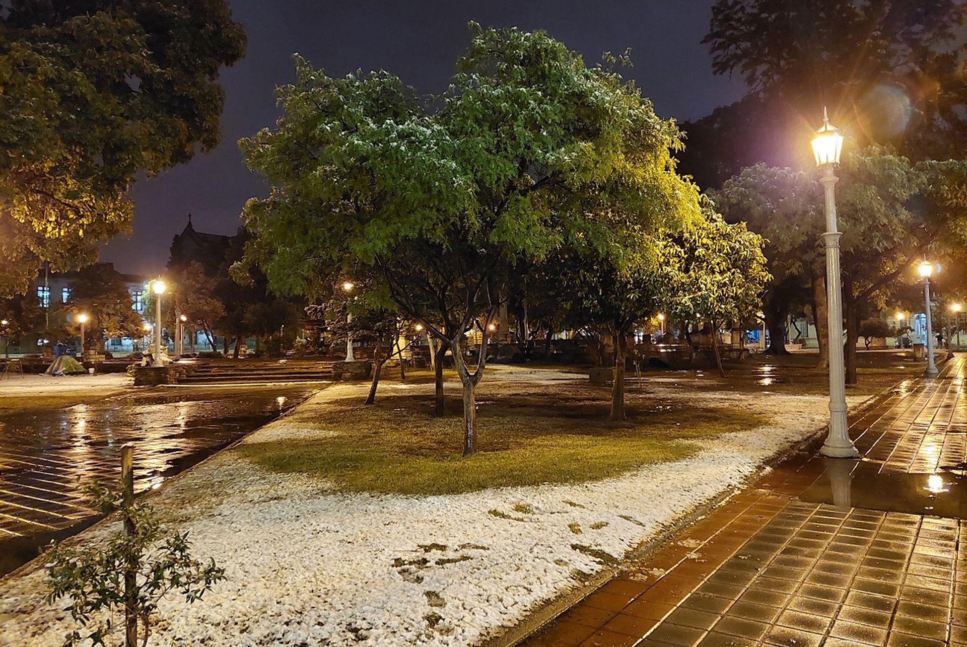 Las plazas en pleno centro de Córdoba cubiertas de nieve