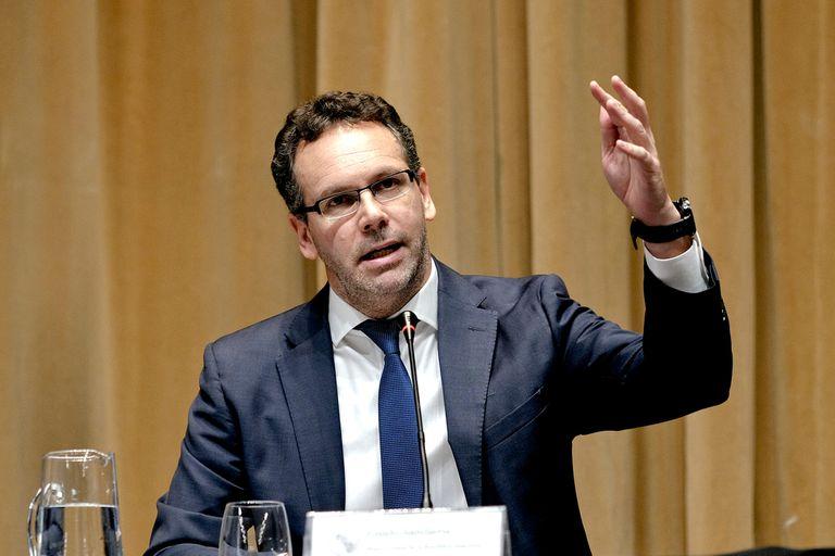 """Guido Sandleris es el presidente del Banco Central; la tasa de las Leliq no perforará los 62,5%; el BCRA """"monitoreará atentamente"""" el rendimiento de los plazos fijos"""
