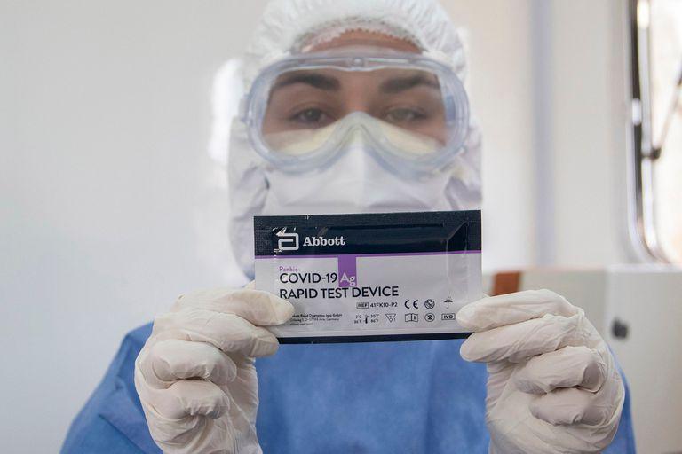 Los test de antígenos se comenzarán a utilizar en los operativos Detectar