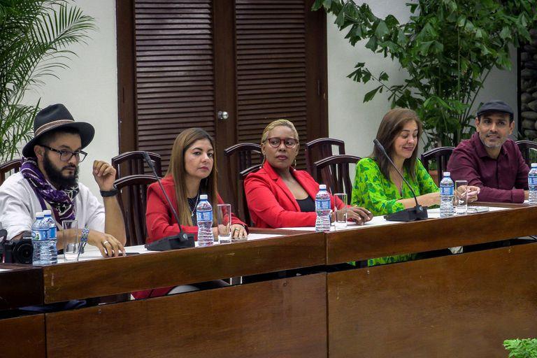 En Cuba, negocian un cese al fuego durante los comicios presidenciales