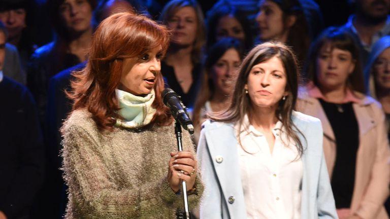 Vallejos elogió a Alicia Kirchner y sugirió que el Presidente debe seguir su camino