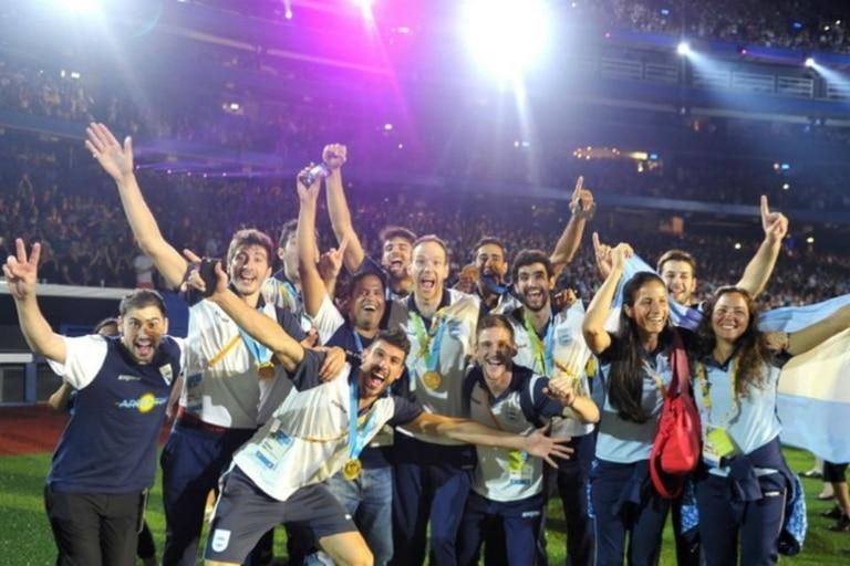 La delegación argentina en plena fiesta de cierre