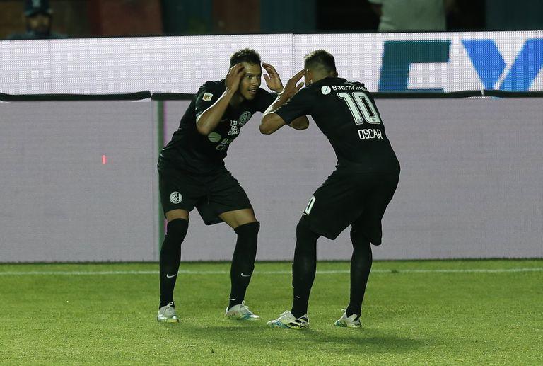 Oscar y Angel Romero estudiantes san lorenzo futbol