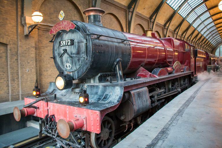 Harry Potter: fans esperaron al Hogwarts Express y se llevaron una decepción
