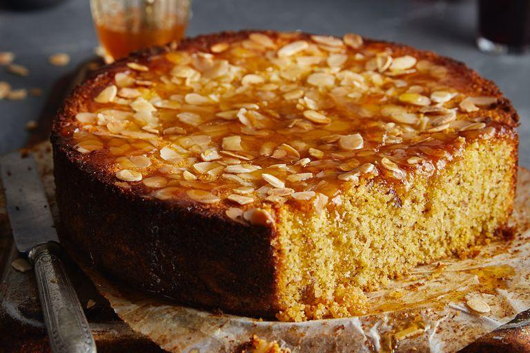 Torta de polenta y almendras.