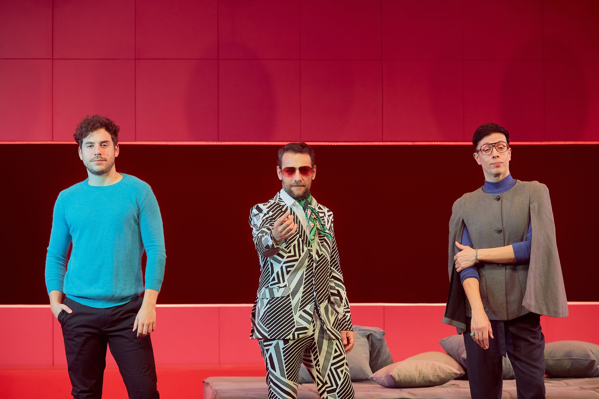 Fernando Dente, Sergio Surraco y Roberto Peloni, los entrevistados en esta nota, en el escenario del Astral