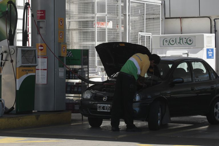 El precio del combustible vuelve a subir