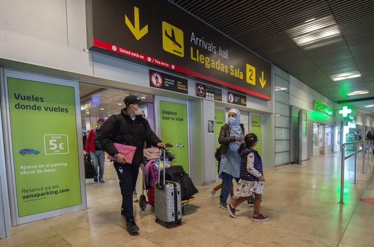 Los argentinos que viajen a España deberán cumplir cuarentena obligatoria