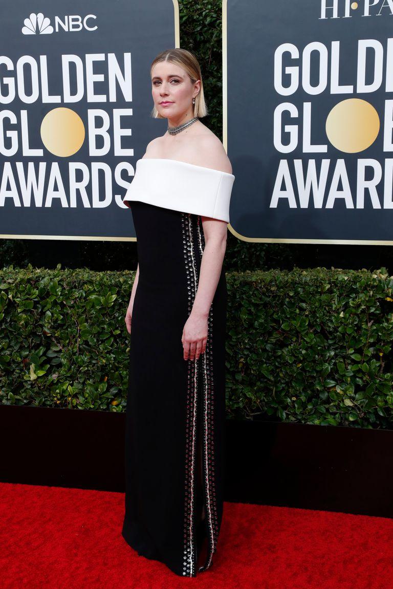 Greta Gerwig, representando a su film, Mujercitas, y acompañando también a su pareja, el director de Historia de un matrimonio, Noah Baumbach