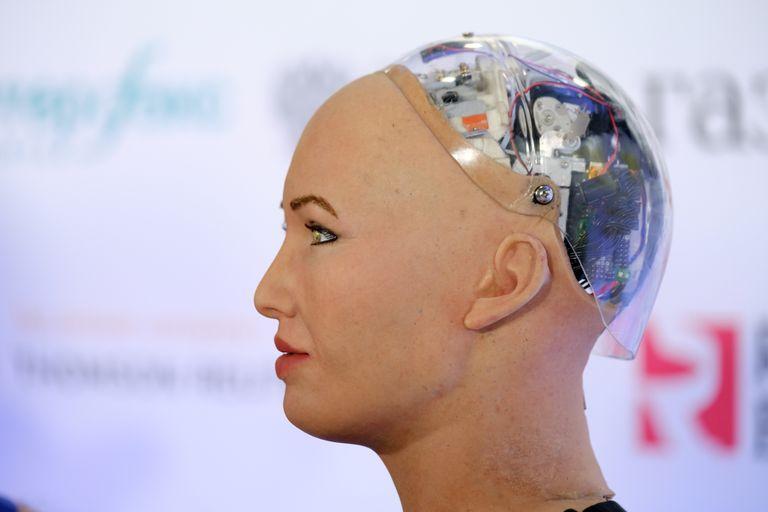 Sophia es un robot cuyo rostro, según sus creadores, está inspirado en Audrey Hepburn