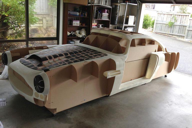 Ivan Sentch quiere construir una réplica de un Aston Martin a partir de piezas creadas con una impresora 3D
