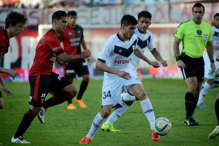 Colón y Vélez empataron en Santa Fe
