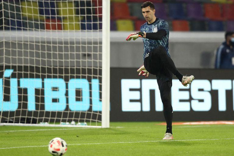 Emiliano Martinez no tuvo mucha actividad en el debut en el arco de la selección argentina, con empate ante Chile