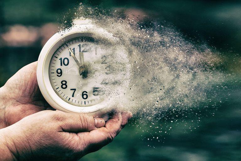 Retrocausación: el extraño experimento que parece tener un efecto en el pasado