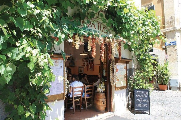En Roma la buena comida abunda en las típicas trattorias