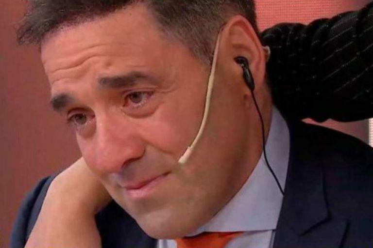 El conductor no puedo contener la emoción al leer el saludo de su hija Valentina, que reside en Barcelona