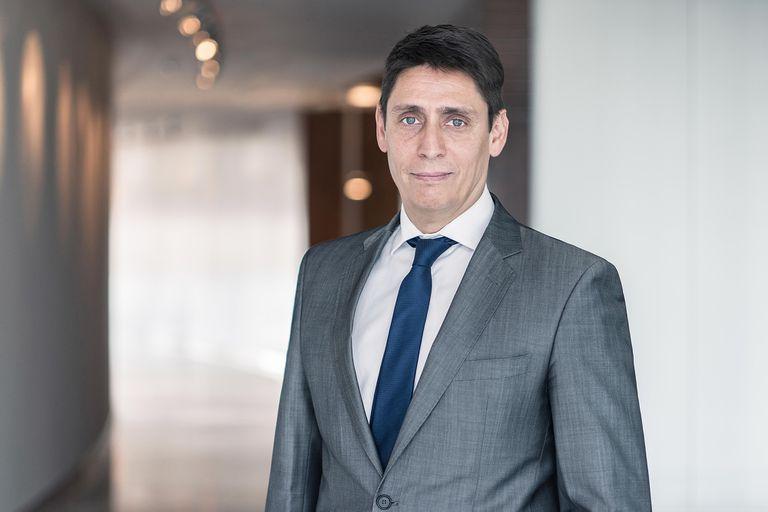 """""""Es necesario aplicar incrementos de los precios en los próximos tres meses en el orden del 15%, más el incremento que se puede producir por el alza del impuesto a los combustibles, de forma de generar el abastecimiento necesario"""", dijo Sergio Affronti, CEO de YPF"""