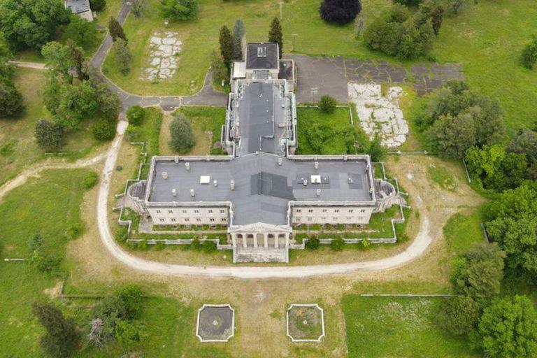 """Conocida como """"el último Versalles americano"""", la mansión bautizada como Lynnewood Hall, cuenta con 55 habitaciones y 20 baños"""