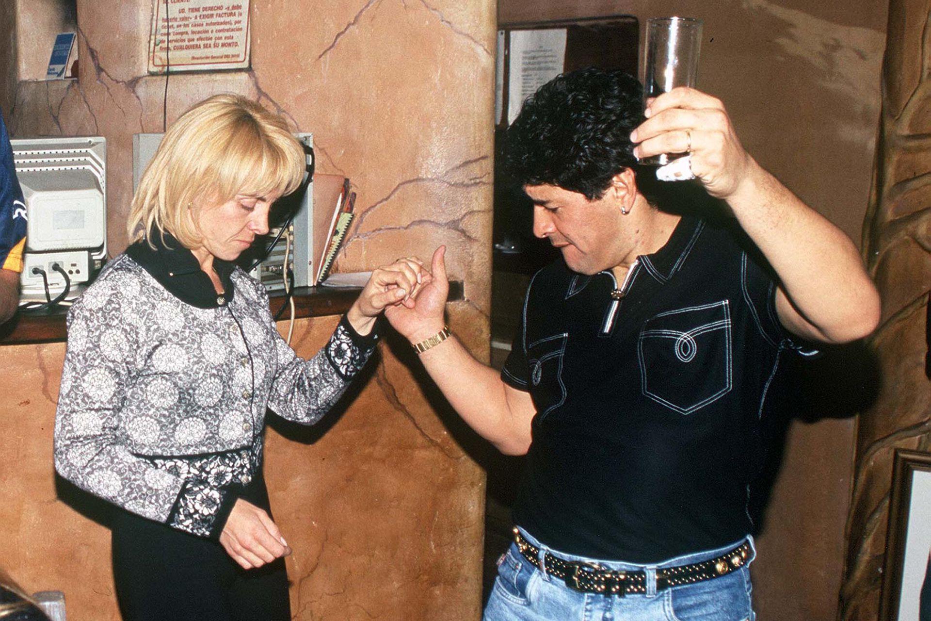 La pareja en 1996, en el boliche Coyote