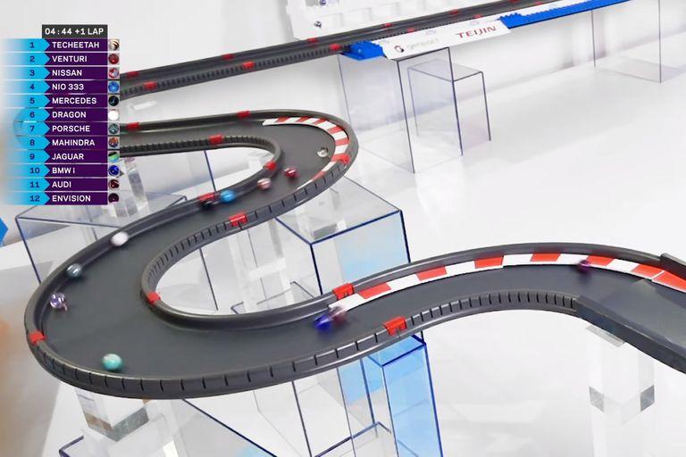 Creatividad: la Fórmula E organiza carreras de bolitas que son un éxito online