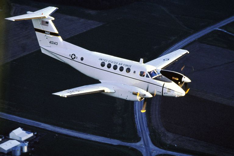 El gobierno de Alberto Fernández le compró a los Estados Unidos diez aviones Beechcraft Hurón para la Fuerza Aérea.
