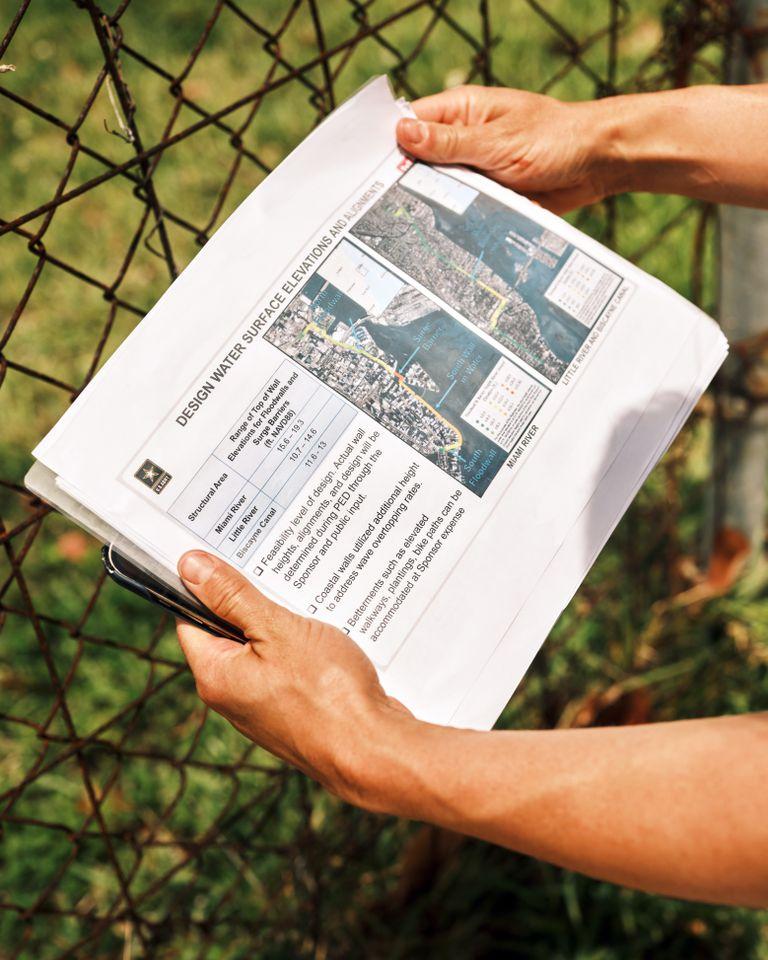 El proyecto del Cuerpo de Ingenieros del Ejército de EE.UU. en un diario local