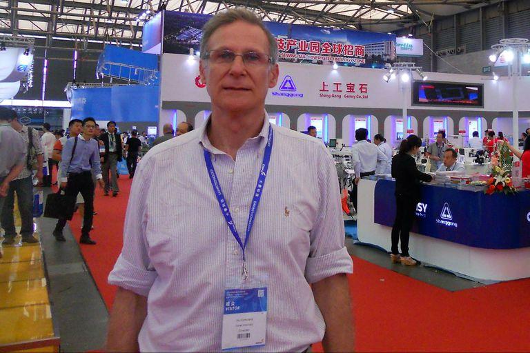 Daniel Jmelnitsky es ingeniero mecánico pero se dedica a la industria textil. Asegura que la carrera le dio las herramientas para poder adaptarse a trabajar en distintos tipos de industrias