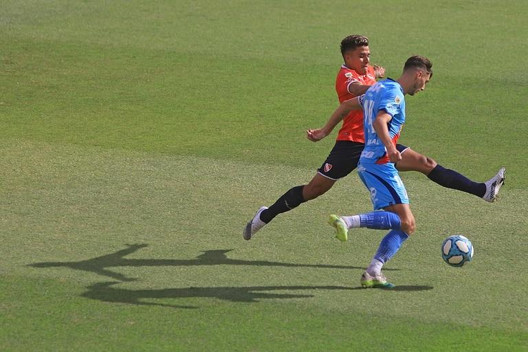 Independiente armó con Arsenal un partido de siete goles en Avellaneda, por la cuarta fecha de la Zona Campeonato A de la Copa Diego Maradona.