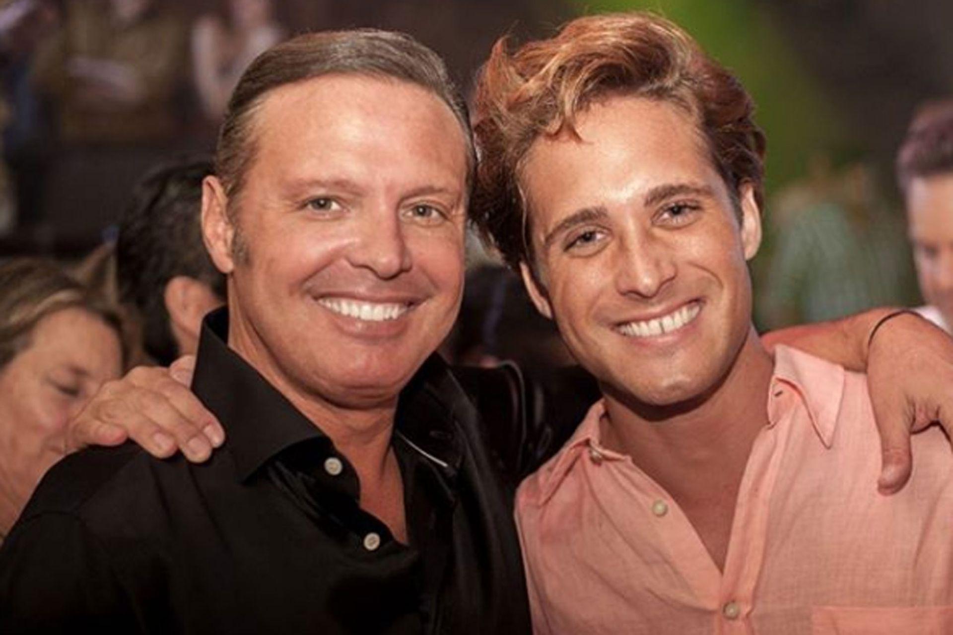 Diego Boneta y Luis Miguel, juntos en el rodaje de la serie.
