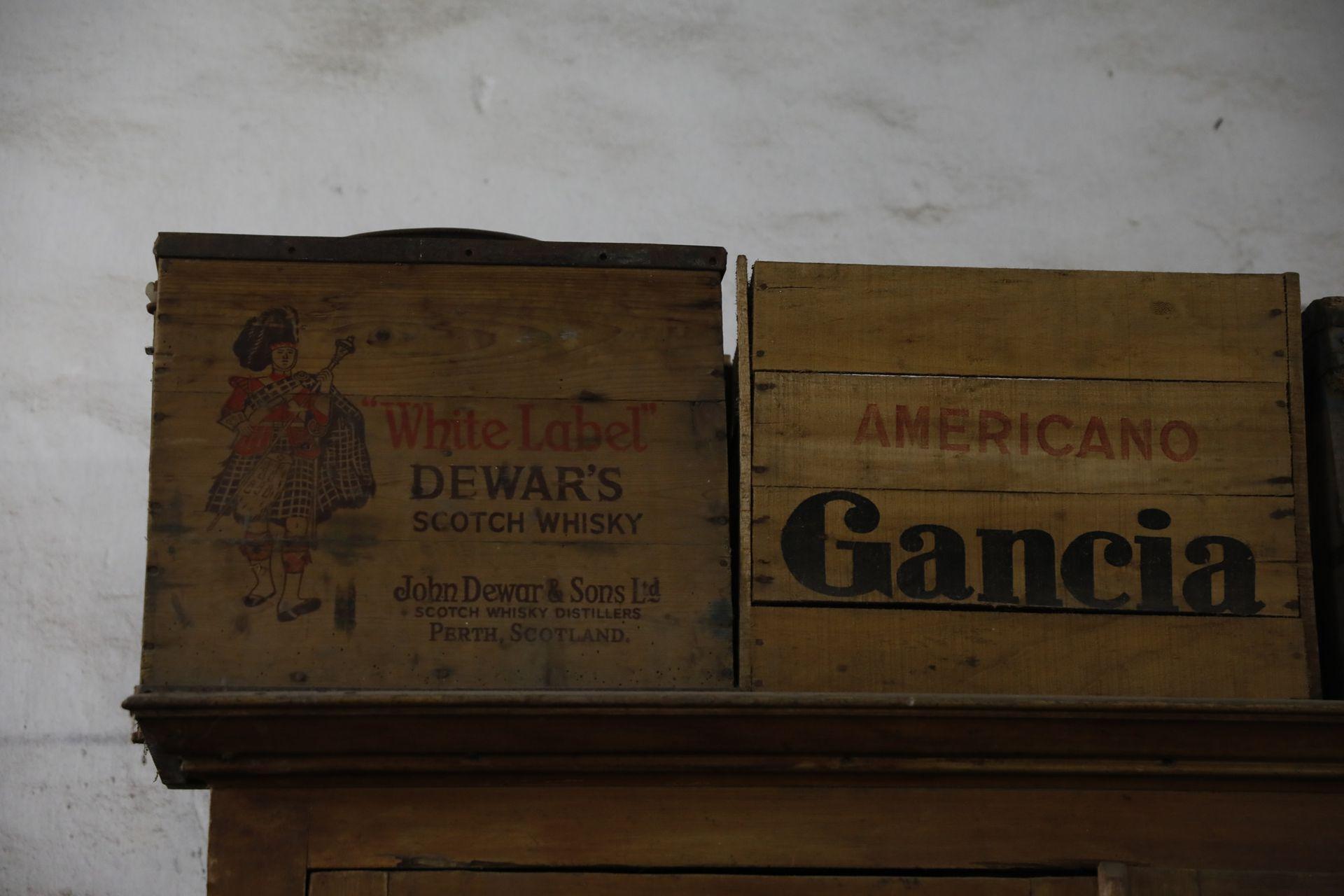 Viejas cajas de bebidas