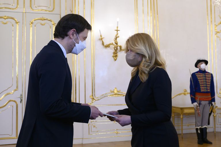 La presidenta Zuzana Caputova designó al ministro de Finanzas, Eduard Heger, para suceder a Igor Matovic