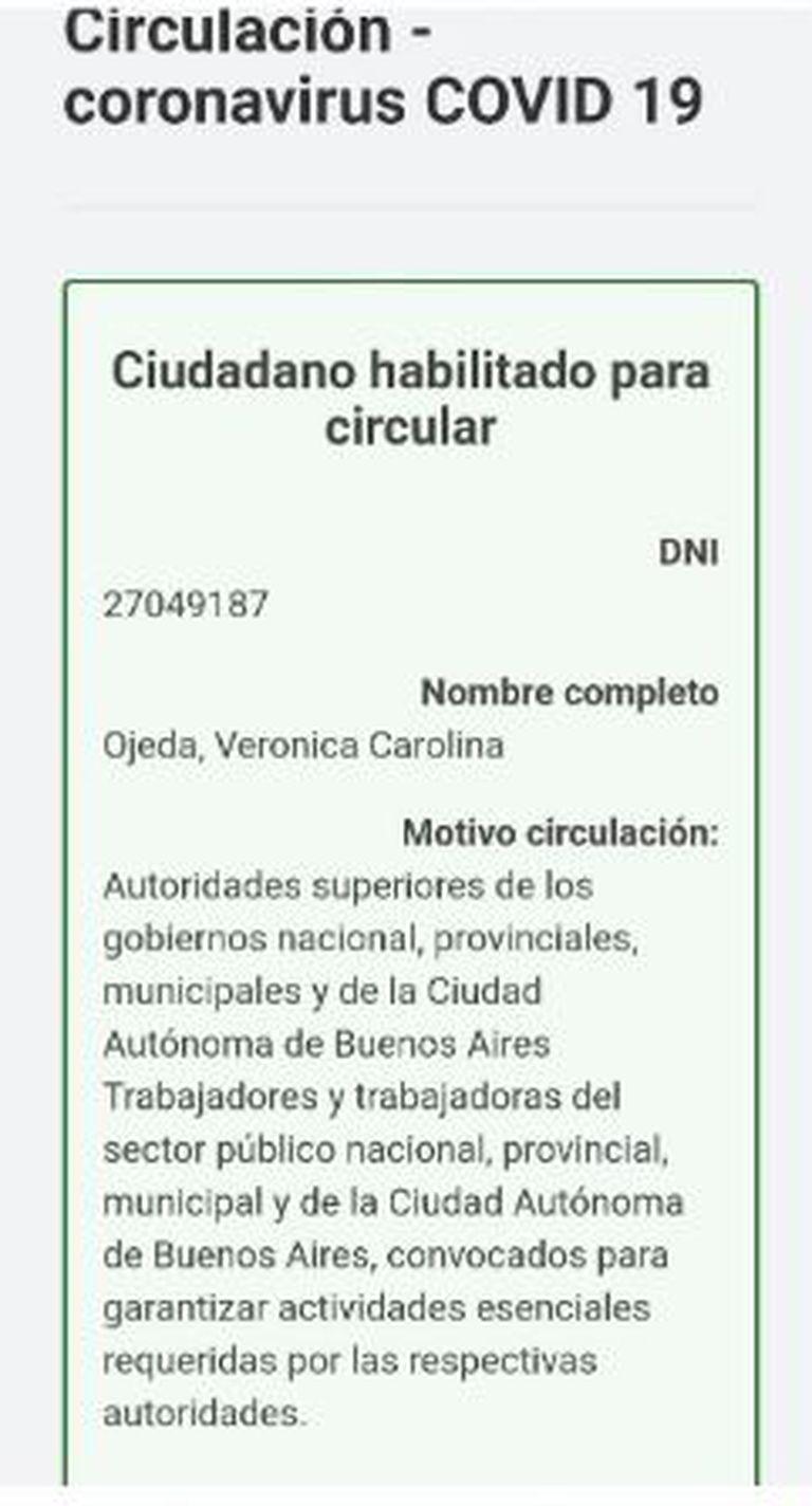 El certificado que mostró Vernónica Ojeda desde su celular en el control policial en Brandsen