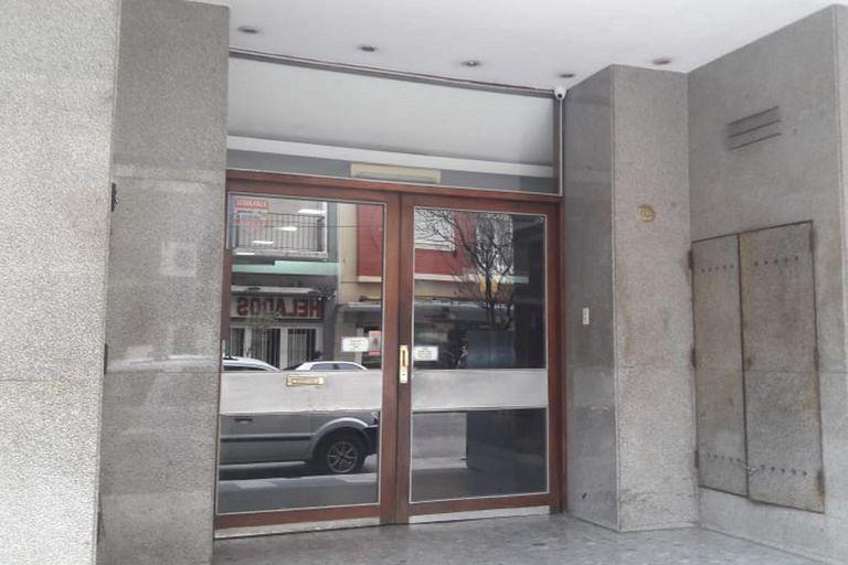 El edificio donde trabajaba el excura Fernando Enrique Picciochi, que fue condenado por abusar de Sebastián Cuattromo cuando era niño