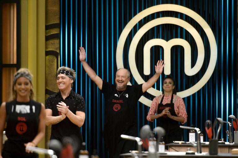 Daniel Aráoz y Sol Pérez prepararon los mejores pasteles de papa de  la primera gala de eliminación de MasterChef Celebrity 2