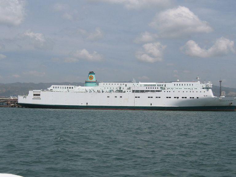 El Princess of the Stars, el buque gigante que se hundió en Filipinas