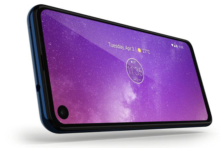 La pantalla de 6,3 pulgadas con bordes mínimos tiene la cámara frontal integrada al panel, y un formato 21:9 (más alargado que un teléfono convencional)
