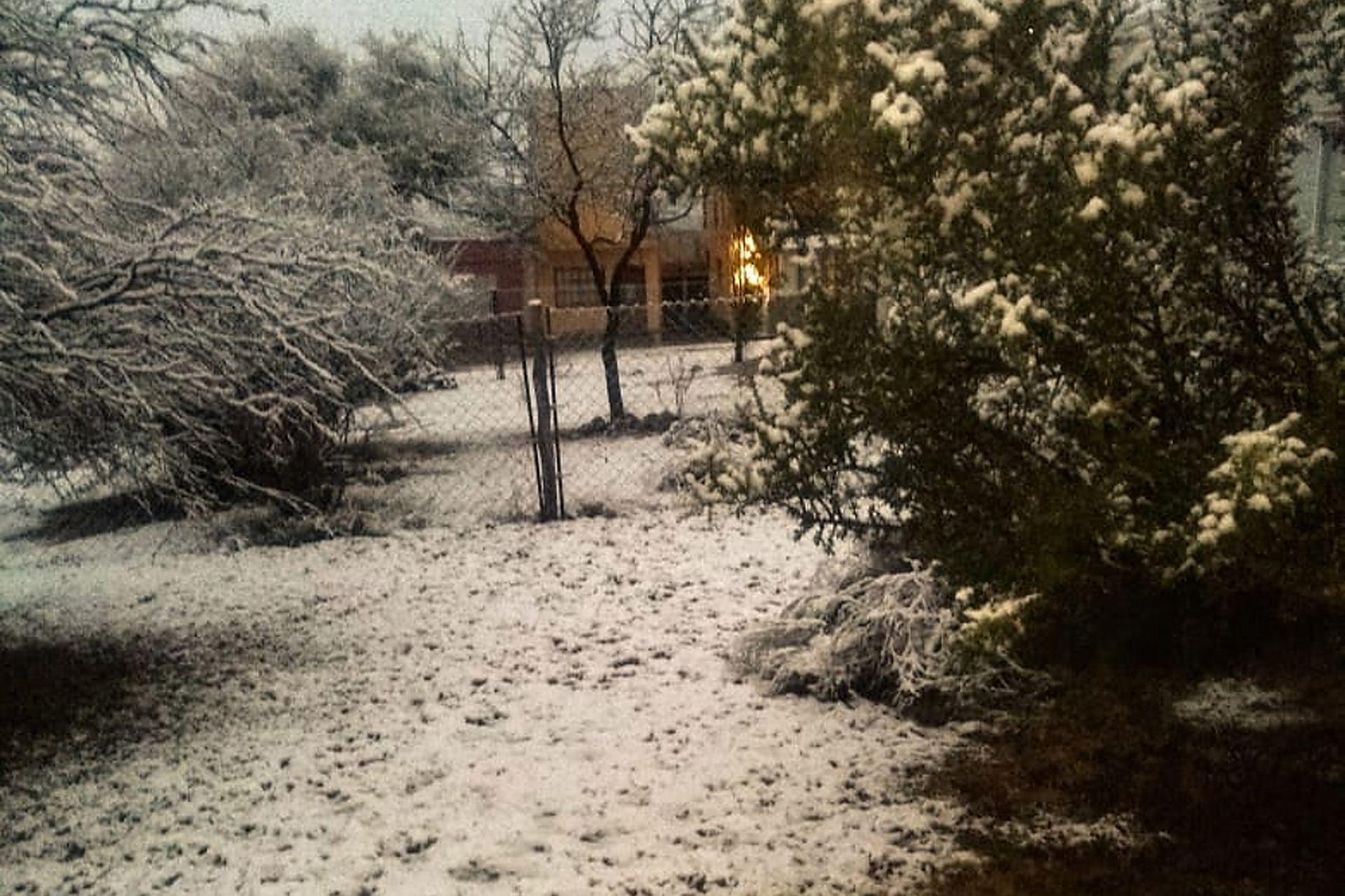 También nevó en otras zonas de la provincia de Córdoba como en Villa Cura Brochero en el Valle de Traslasierra