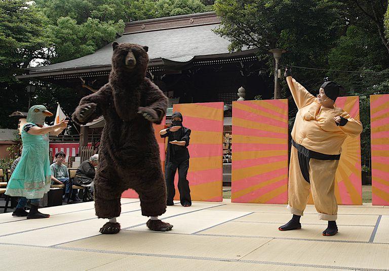 El fantástico recorrido de La velocidad de la luz, de la Villa 31 a Tokio