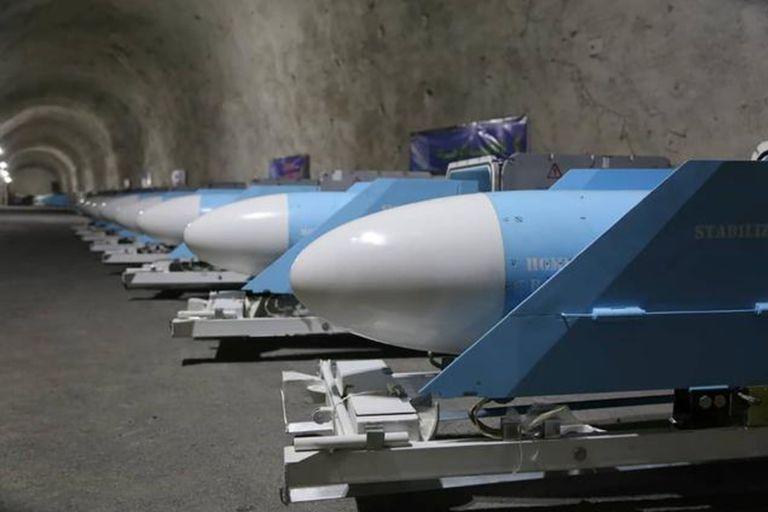 """Video: Irán mostró su nueva """"ciudad de misiles"""" subterránea llena de armas"""