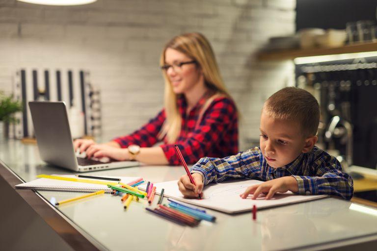 Cuando crecen la cosa mejora, pero muchas cargan con la culpa de los primeros años