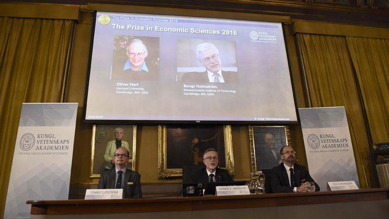 """Premio Nobel de Economía para Oliver Hart y Bengt Holmström por sus aportes a """"la teoría del contrato"""""""