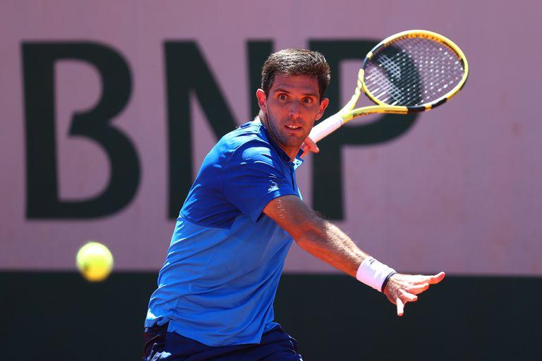 Roland Garros: Delbonis le ganó al verdugo de Thiem y disfruta a los 30 años