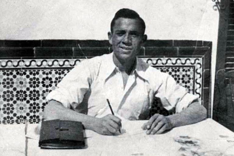 """Miguel Hernández escribió, por ejemplo, los poemas """"Para la libertad"""" y """"Menos tu vientre"""", entre otros que Joan Manuel Serrat popularizó como canciones"""