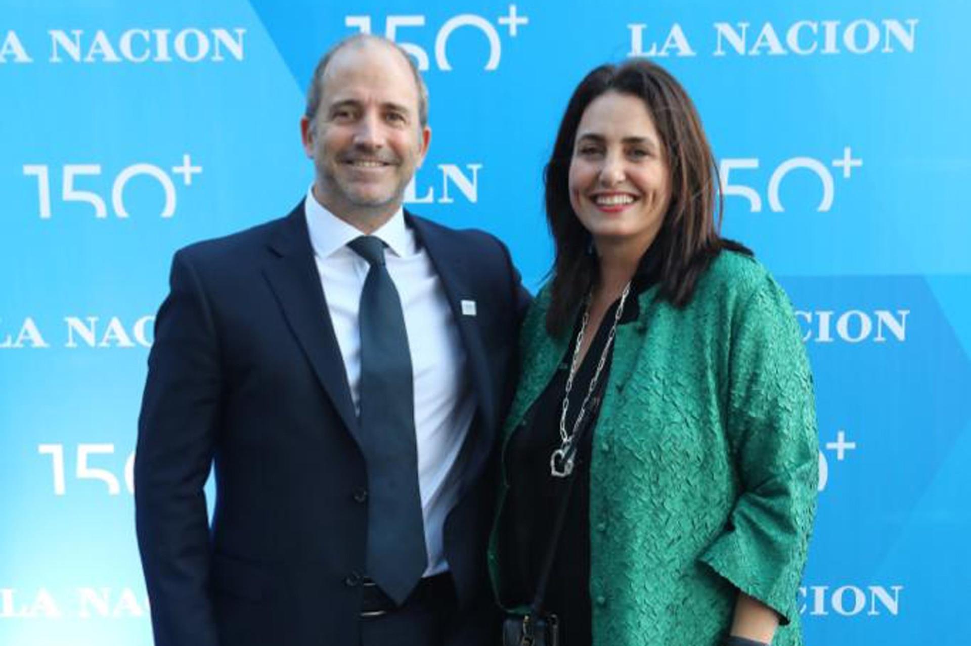 Gervasio Marques Peña, Director Comercial de LA NACION y Verónica Cheja, de Urban Press