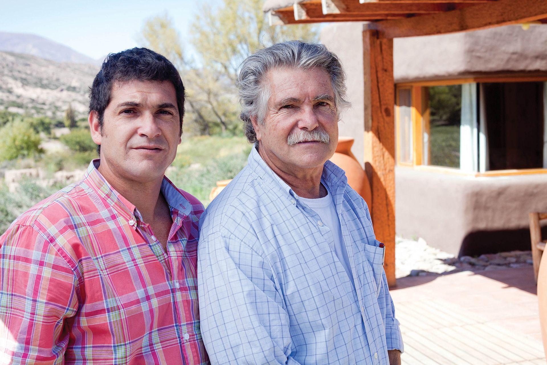 Carlos con su hijo Sebastián, también arquitecto.