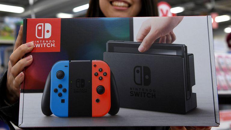 Nintendo espera vender más de dos millones de consolas Switch en el primer mes