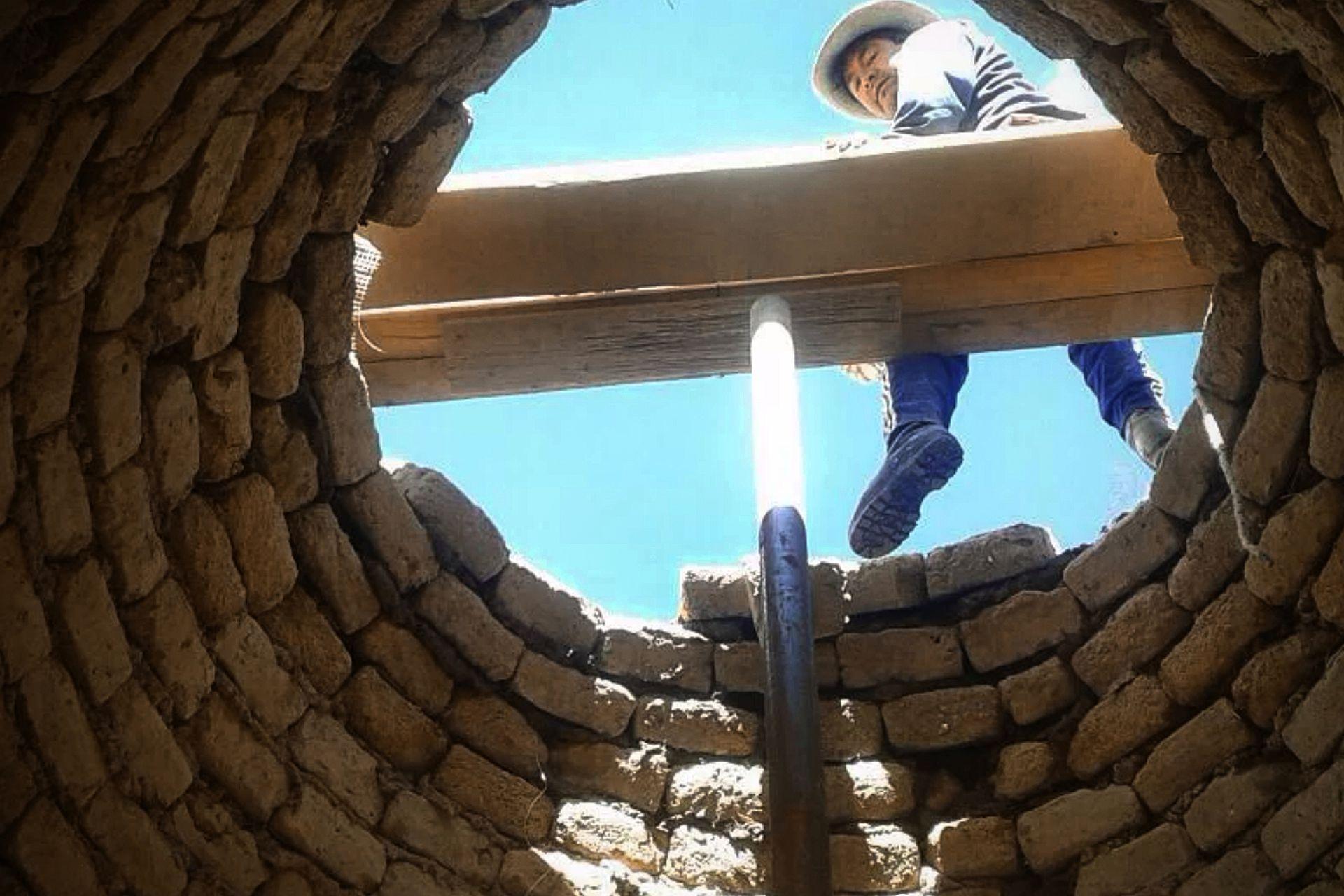 Parte de la construcción de un albergue para estudiantes de un colegio secundario de alta montaña en Jujuy