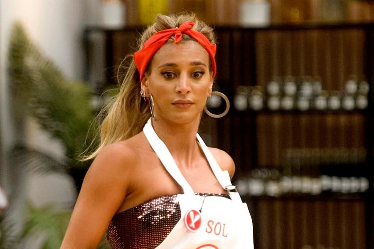 Sol Pérez sufrió un divertido blooper en MasterChef Celebrity mientras cocinaba fideos
