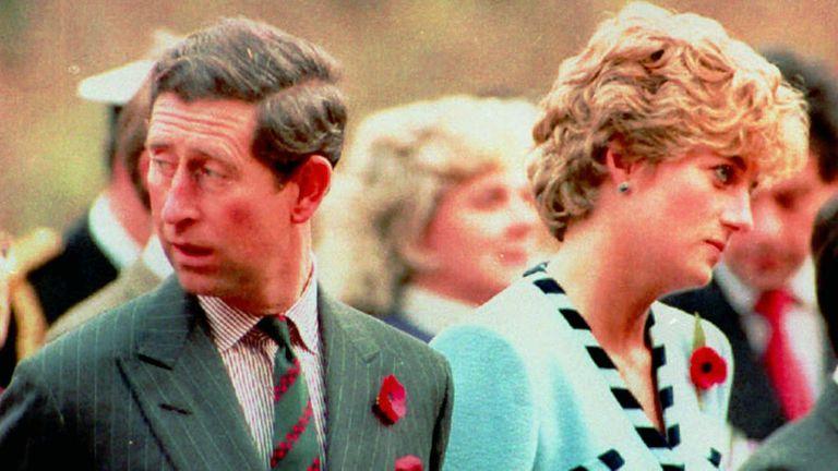 Lady Di, Príncipe Carlos, boda, divorcio